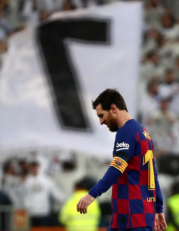 Cú dứt điểm ấn đỉnh tỉ số 2-0 của Mariano Diaz - Ảnh: REUTERS