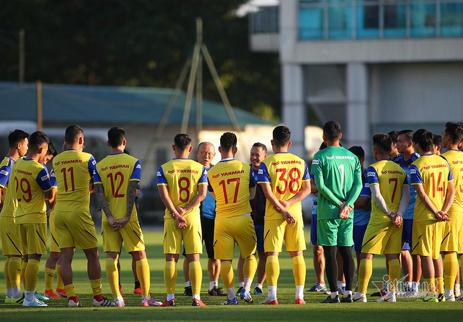 HLV Park Hang Seo quyết định rút gọn danh sách tuyển Việt Nam